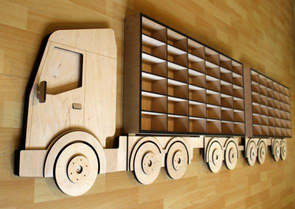 Полка-грузовик