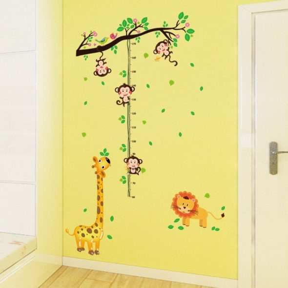 Декор стены в детской