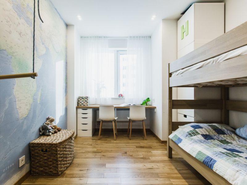 Дизайн детской комнаты для мальчика в хрущёвке: идеи на фото
