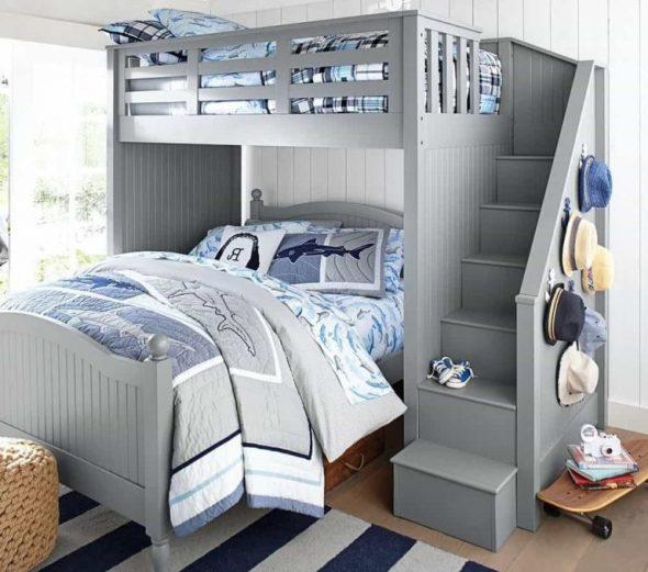Кровать с широким нижним спальным местом