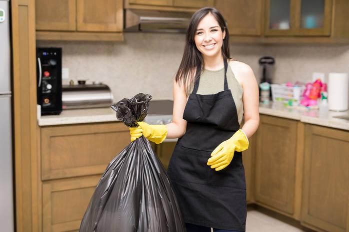 10 вещей, которые нужно срочно выбросить из кухни