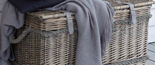 Плетёная корзина-сундук