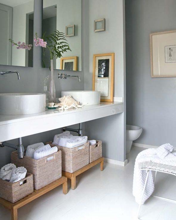 Плетёные корзины в ванной комнате