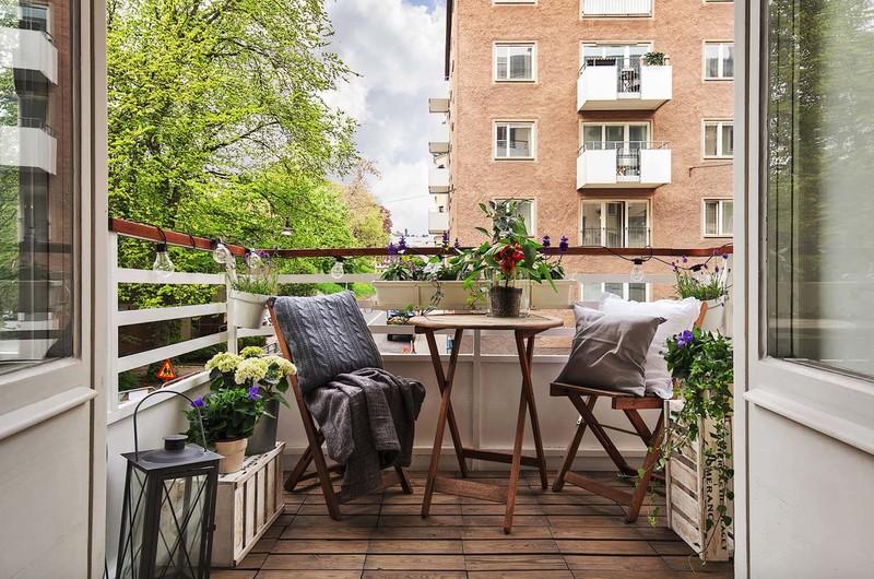 25+ креативных летних идей для небольших балконов