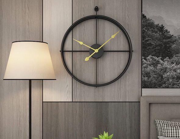 Часы в интерьере