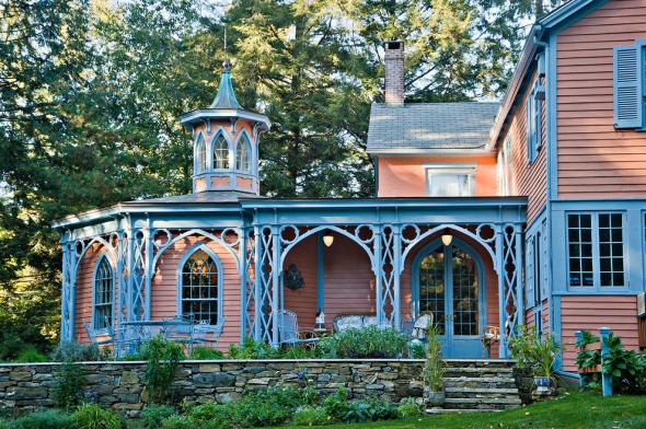 Дом в готическом стиле Дом в готическом стиле