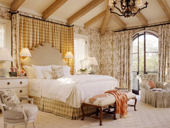 Больная светлая спальня в стиле прованс