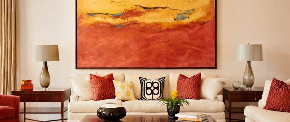 Большая картина в гостиной