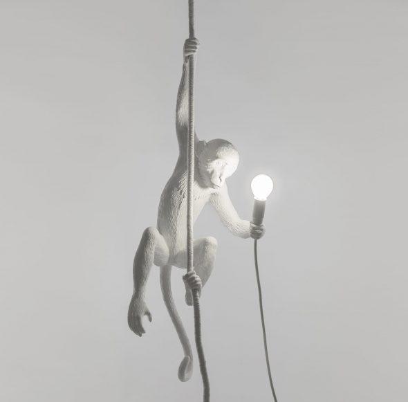 Светильник в виде мартышки