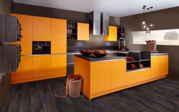 Сочетание апельсинового и серого