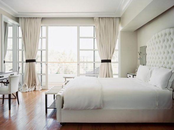 Спальня в светлых пастельных тонах