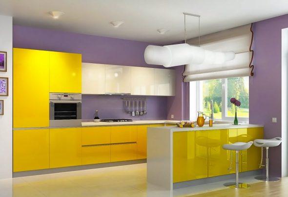 Жёлтая кухня и сиреневые стены