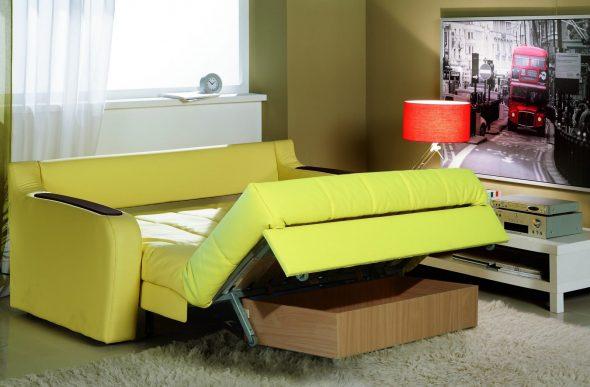 Маленький раскладной диванчик