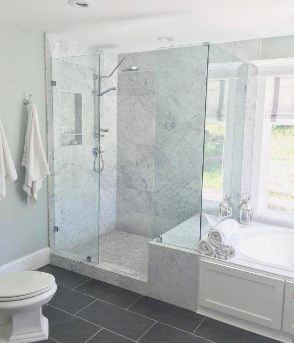 Размещение ванны и душевой кабины в санузле
