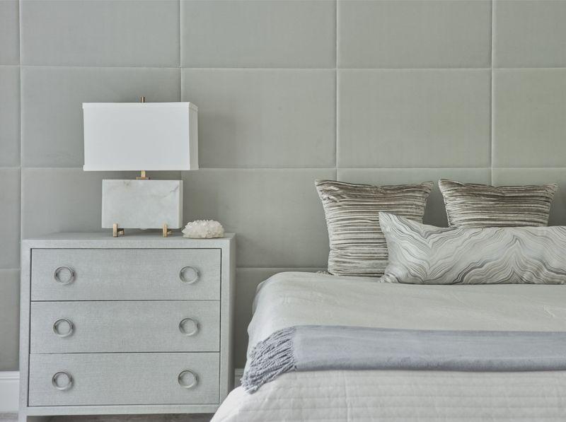 Нежная спальня в пастельных тонах: фото для вдохновения