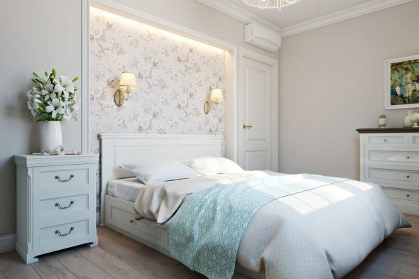 Спальня в голубых и розовых оттенках