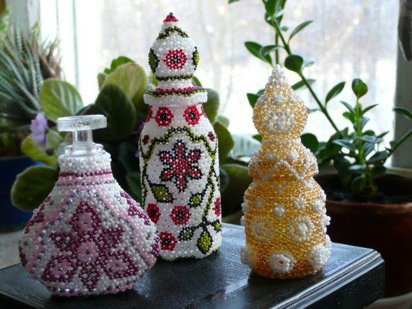 Бутылки, украшенные бисером