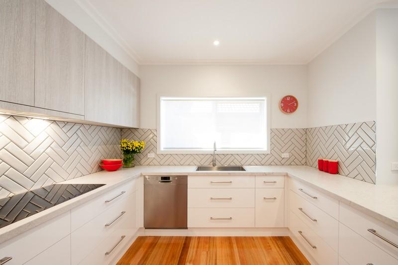 П-образная кухня: примеры планировки на фото