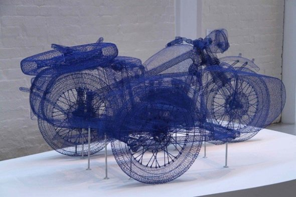 Мотоцикл из проволоки