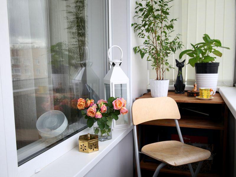 15 идей обустройства маленького балкона в панельном доме