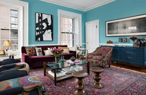 Интерьер бирюзовой гостиной в стиле эклектика