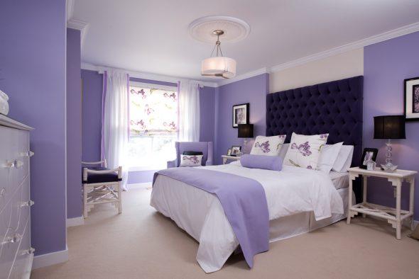 Лавандовый цвет в интерьере спальни