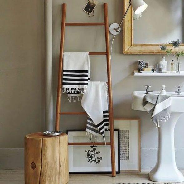 Лестница вешалка для полотенец