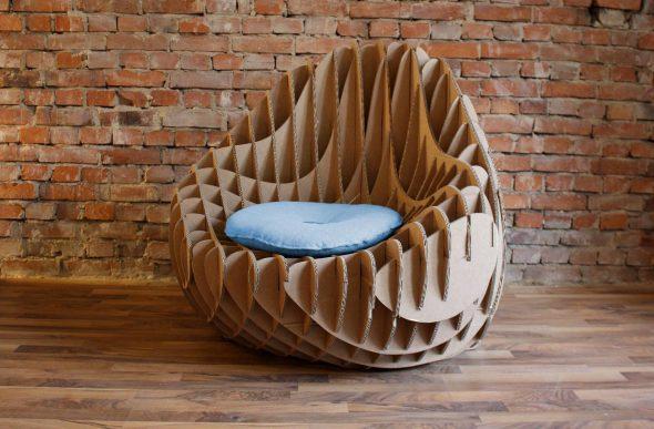 Дизайнерское кресло из картона