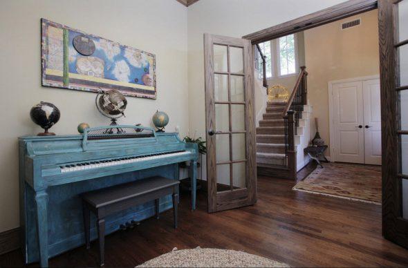 Пианино в современном интерьере