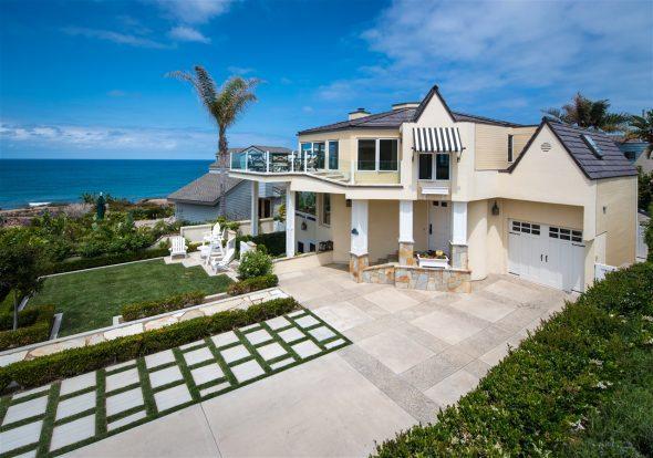 Красивый дом в Калифорнии
