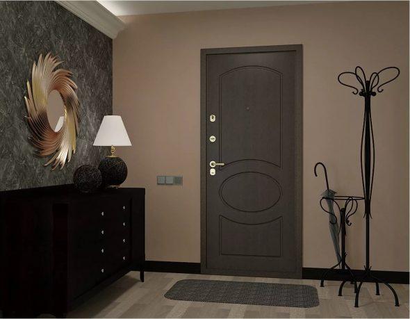 Интерьер с тёмной входной дверью