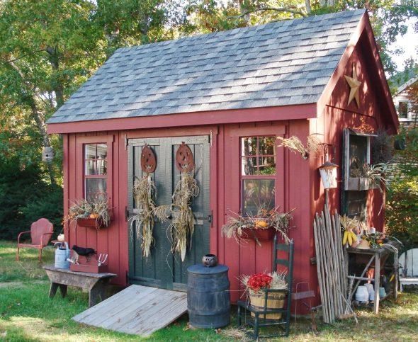 красивые бытовки для дачи в деревенском стиле