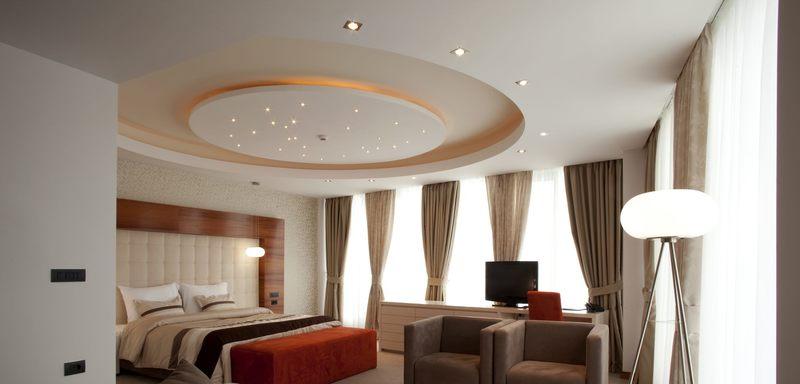 Современные и стильные потолки из гипсокартона