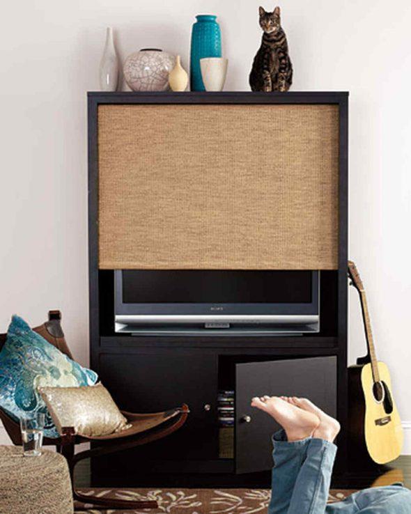 Телевизор за шторами