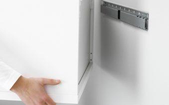 Крепление шкафчика на стену