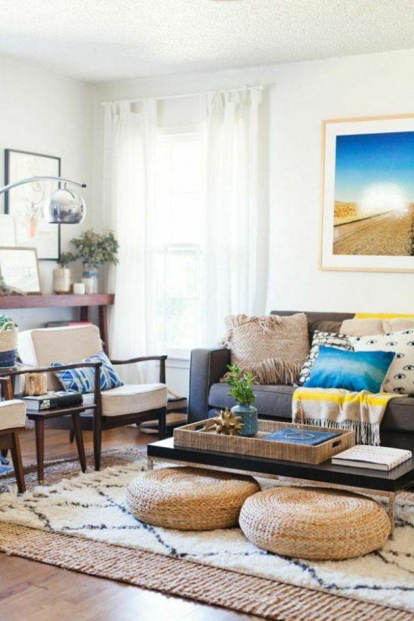 Расположение двух ковров в одной комнате