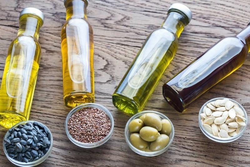 10 нестандартных идей по использованию растительного масла в быту