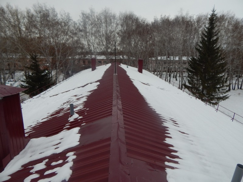3 частых причины, из-за которых крыши могут дать течь именно зимой