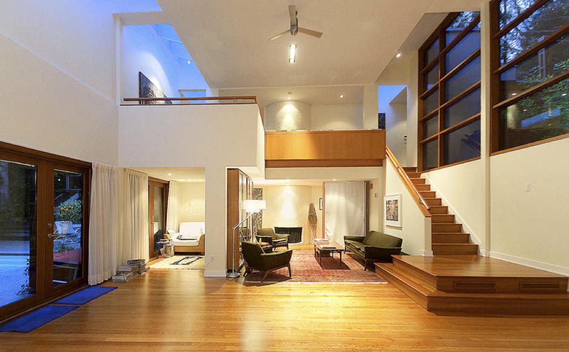 Почему не стоит строить огромный дом, а достаточно всего трех комнат: веские причины